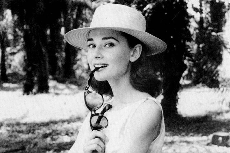 Frasi Di Audrey Hepburn Le Frasi Più Belle Di Audrey Hepburn