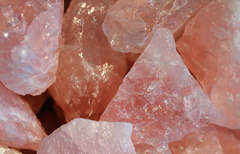 quarzo rosa proprietà poteri e caratteristiche