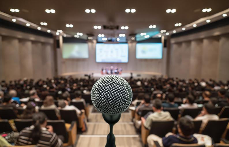 glossofobia paura di parlare in pubblico
